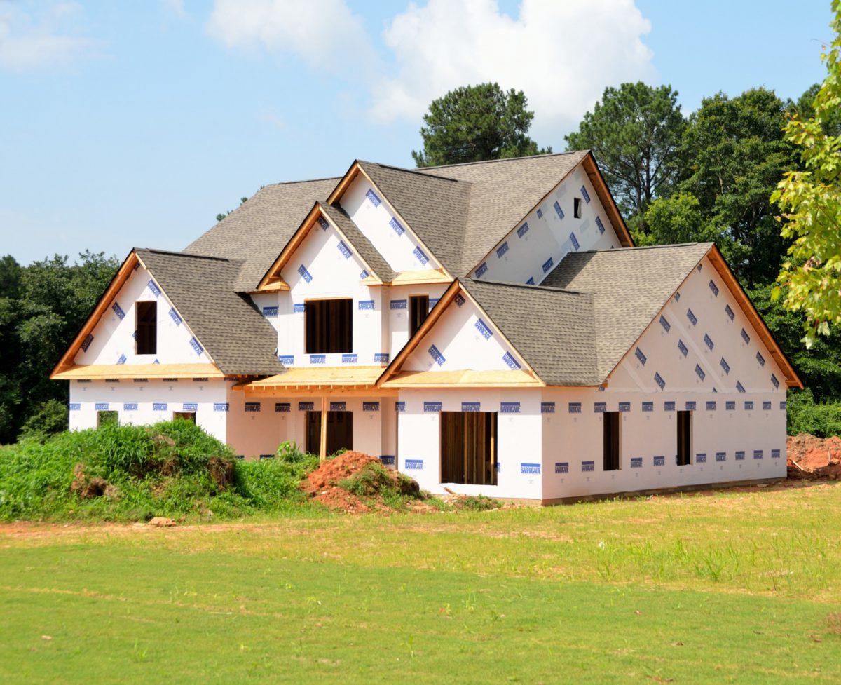 https://alumdenis.ca/wp-content/uploads/2016/04/new-home-construction-14033685368jC-1200x977.jpg
